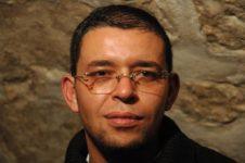 Auteur - Mokhtari K
